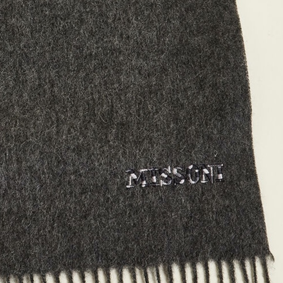MISSONI NWT Luxury Scarf Charcoal Gray!